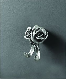 Крючок двойной ART&MAX Rose AM-0912